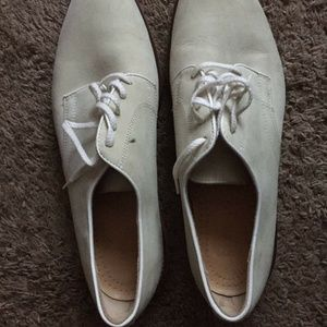 COLE HAAN Cream Leather Oxford Lace Up Shoes